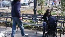 ניסוי חברתי שמראה כמה קל לזרים לקחת ילדים